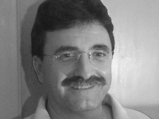 """Antonio Lozano, autor de la imprescindible """"Harraga"""""""