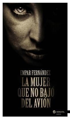 la_mujer_que_no_bajo_del_avion-empar_fernandez_gomez-9788492929962